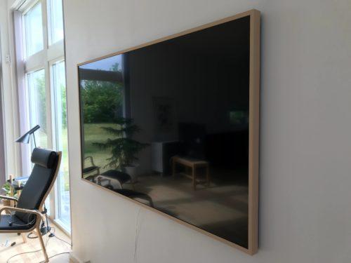 TV vægophæng af Samsung Frame TV