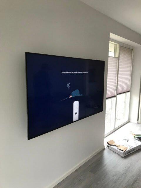 Vægophæng af TV