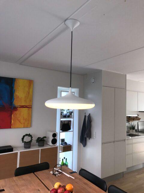 el-tilslutning af Philips hue lampe med kabelkanal