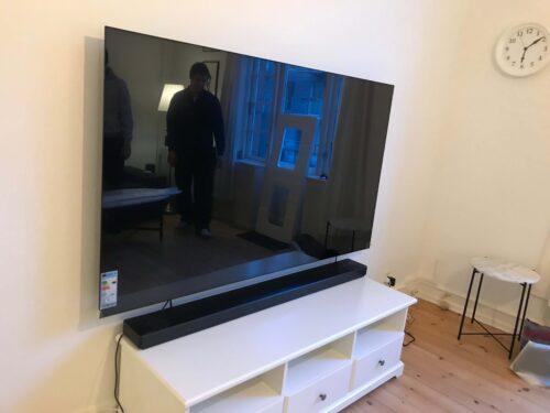 Montering TV vægbeslag 77 LG OLED